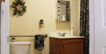 lyceum-apt-interior-bathroom-toilet-sink